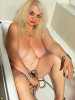 Naughty mature slut taking some time for herself