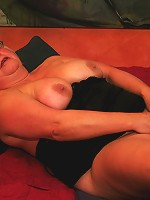 Blonde chunky mature slut playing
