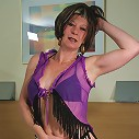 Mature sexkitten getting very naughty